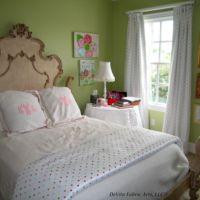girl's polka dot bedroom