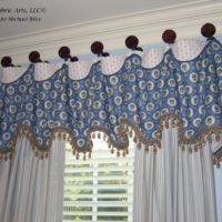 Pate Meadows Cuff-top valance